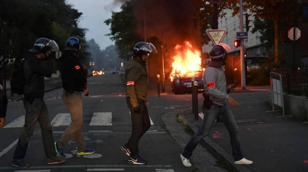 DANIA: Wybuch wielogodzinnych muzłumańskich zamieszek sprowokowany przez lidera Stram Kurs.